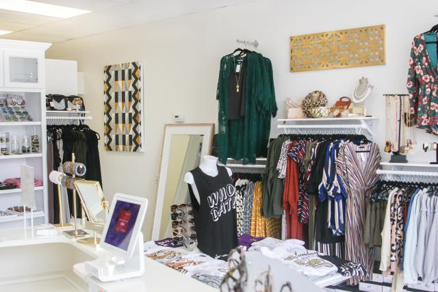 Aniston Lane, Clothing Boutiques in Chalmette, Clothing Boutiques in St. Bernard Parish, locally-owned business